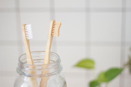 你不可不知!矯正期的牙齒清潔技巧大全示意圖