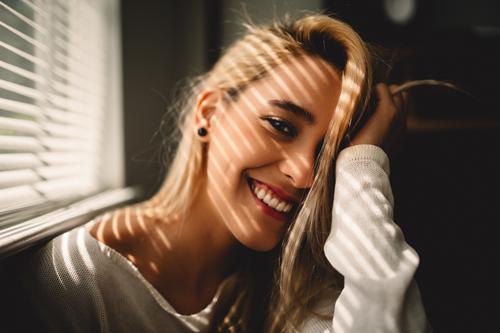 精準矯正牙齒,設計最適合的仿生牙周與美學假牙-首張圖片