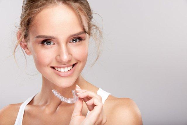 矯正牙齒美學再升級!「數位微笑設計X隱適美」集矯正美學於大成文章示意圖